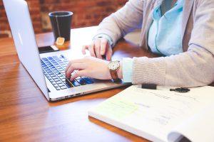 מערך תקשורת למנהלים להתאים את האינטרנט לעסק שלכם