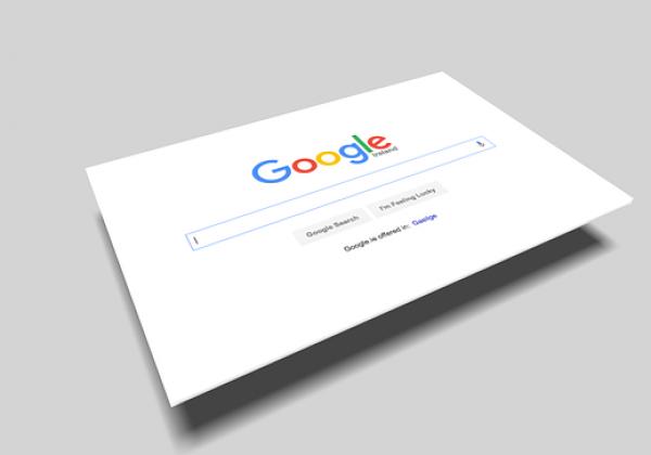 קידום האתר בגוגל: מה יותר משתלם, אורגני או ממומן?